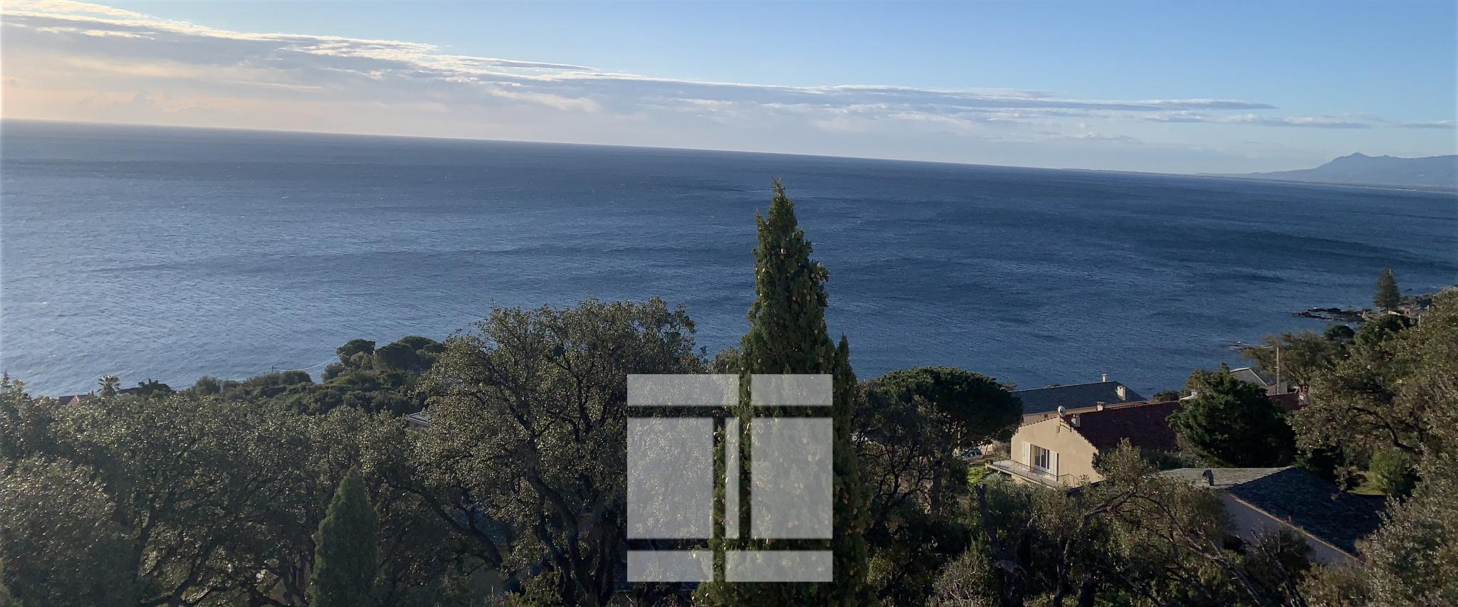 Terrain constructible vue mer à Santa Maria di Lota