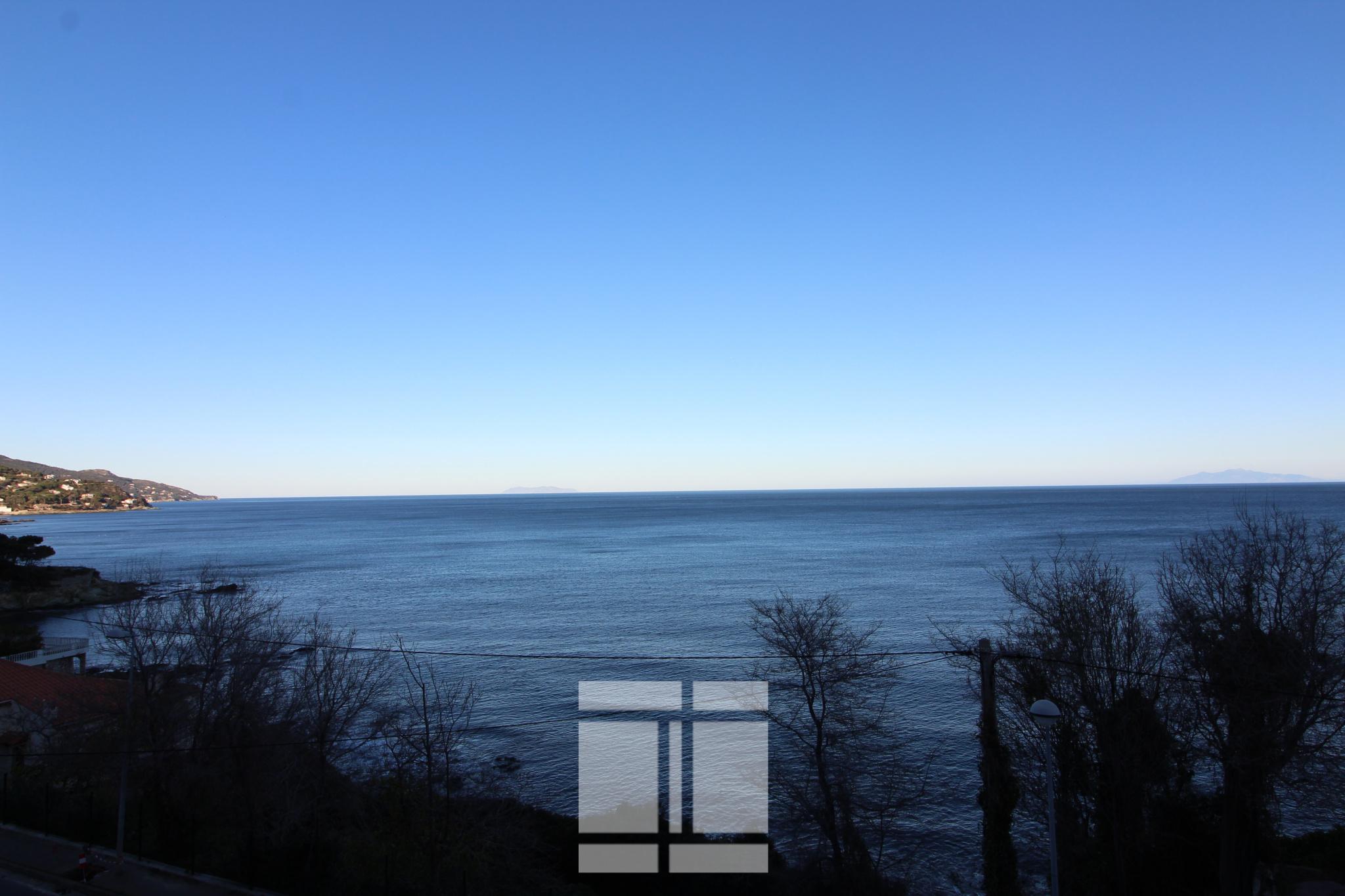 F4 Face à la mer - terrasse