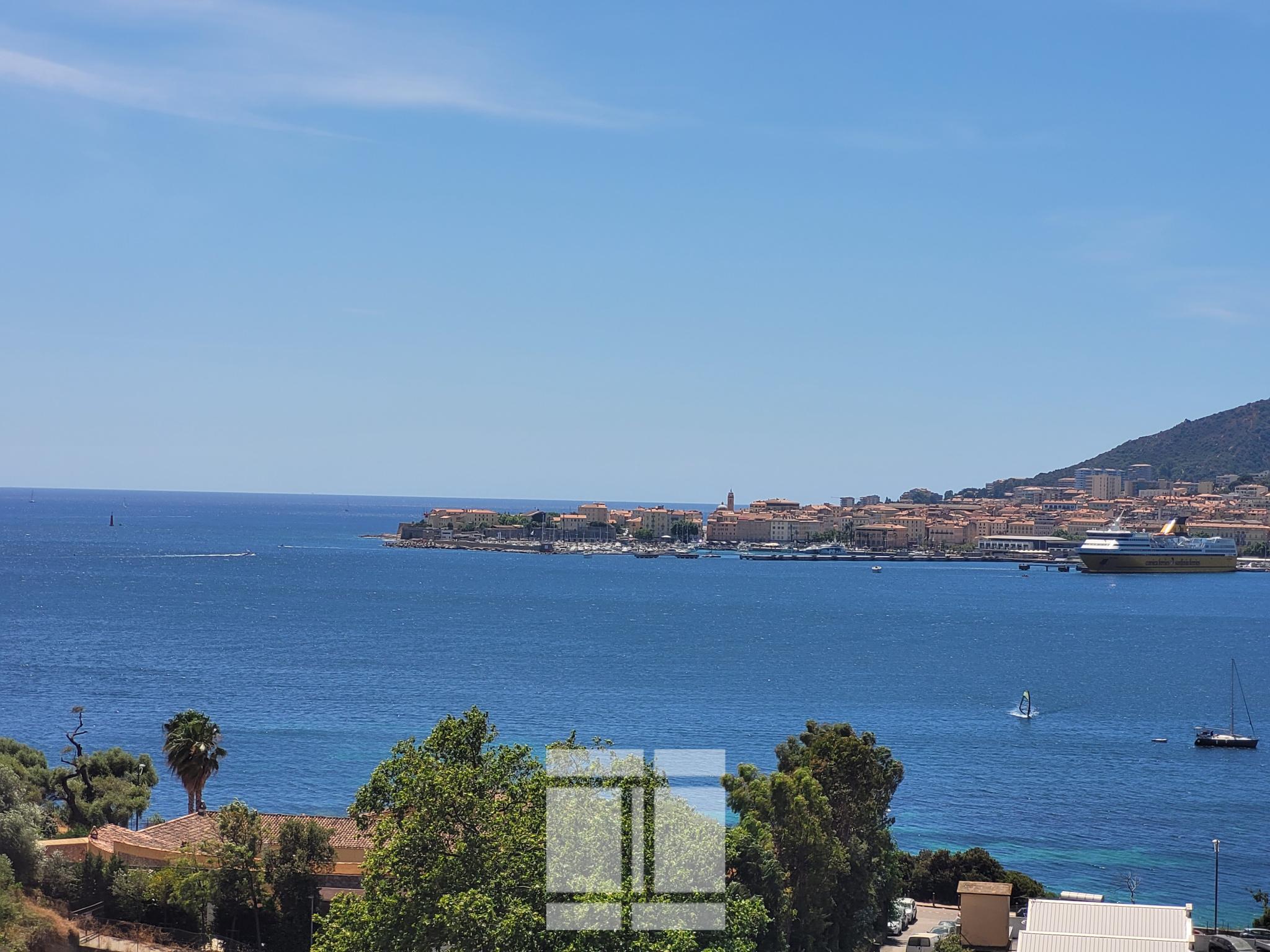 Appartement avec terrasse à vendre à Ajaccio (20) avec SECIC ROCADE